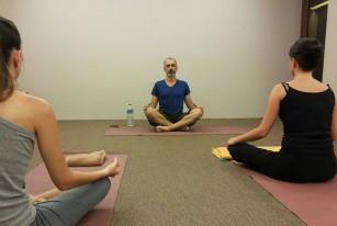 Curso de professor de hatha yoga com Jean Pierre de Oliveira