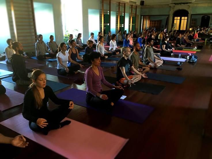 Yoga Comunitário na Mouraria